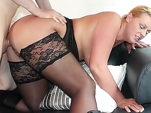 REIFE SWINGER - Curvy German flaxen-haired in the matter of nylons boned