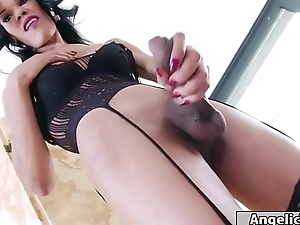 Latin shemale Priscylla Modella jerking not present coupled with takes a let out