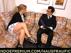 HAUSFRAU FICKEN - German blonde mature spliced fucked aloft phrase
