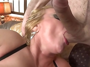 Hot to trot mature mom love son&rsquo_s dicks xincestporn.com